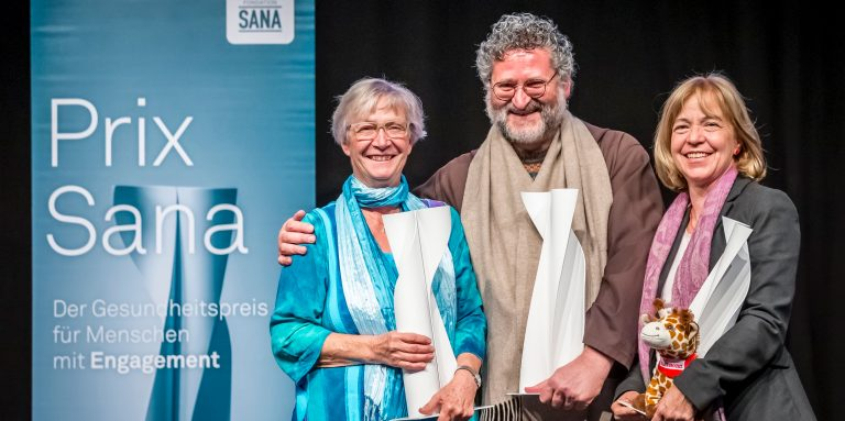 Winners of the Prix Sana 2019 (from left to right): Anna Maria Sury, Fra Martino Dotta and Margaretha Rieser